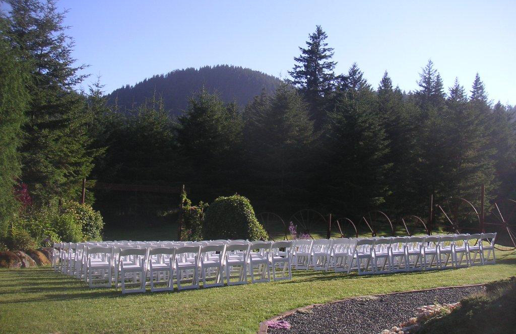 Wedding scene at Cascade Creek Meadows